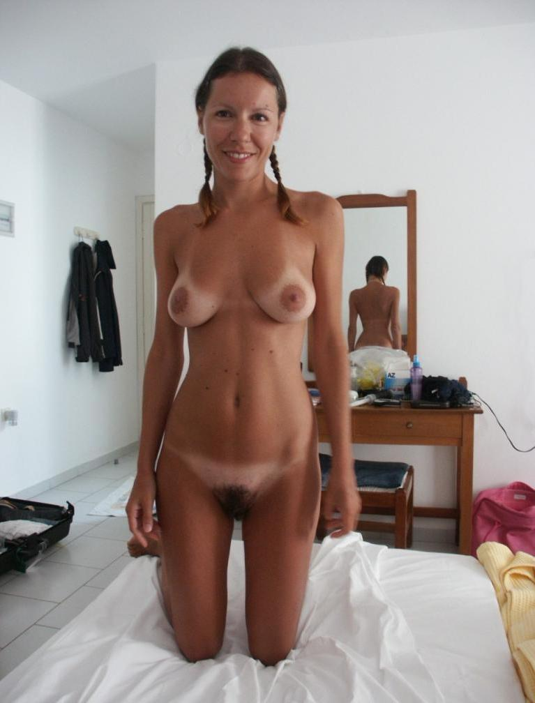 Amateur naked tanlines